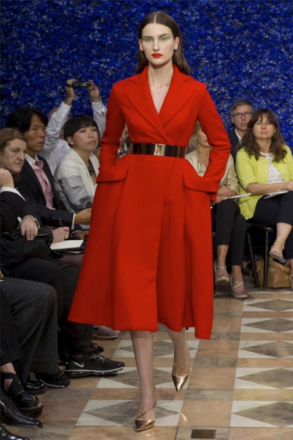 Paris-Haute-Couture-Dior-Autumn-Winter-2012-2013-Collection-10-600x899