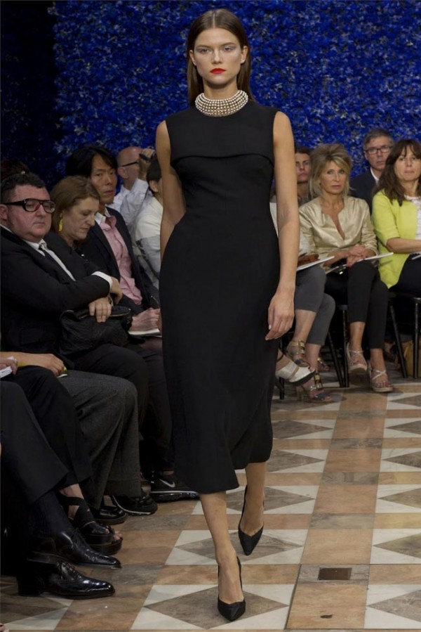 Paris-Haute-Couture-Dior-Autumn-Winter-2012-2013-Collection-12-600x899