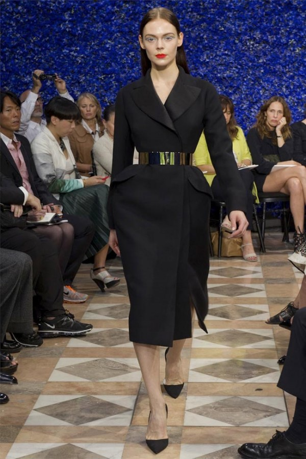 Paris-Haute-Couture-Dior-Autumn-Winter-2012-2013-Collection-3-600x899