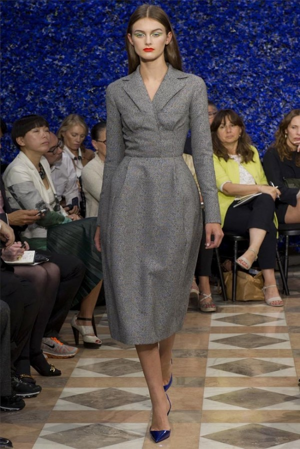 Paris-Haute-Couture-Dior-Autumn-Winter-2012-2013-Collection-32-600x899