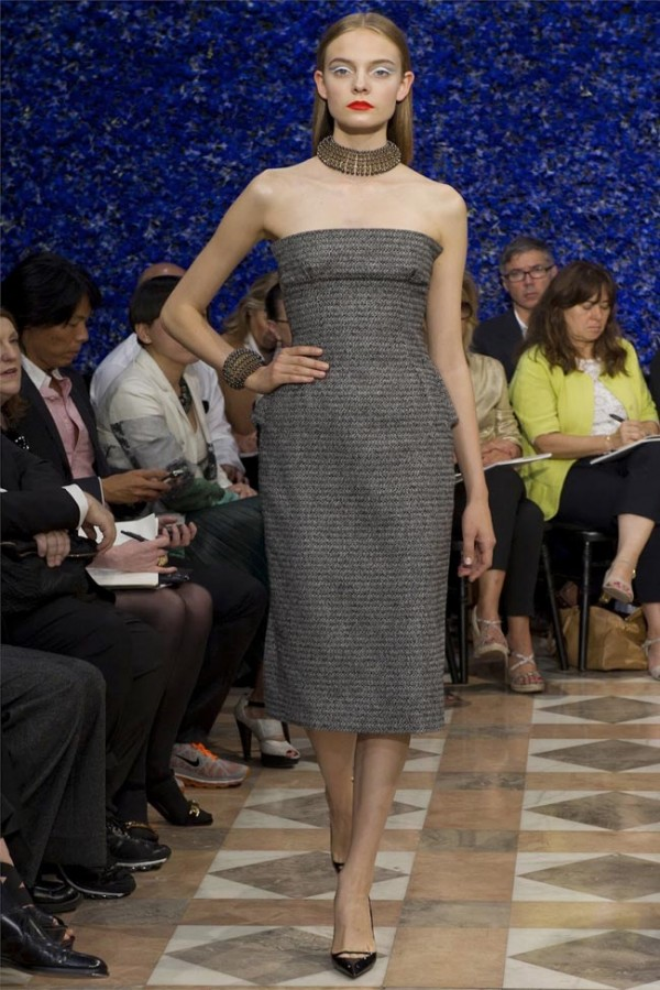Paris-Haute-Couture-Dior-Autumn-Winter-2012-2013-Collection-35-600x899