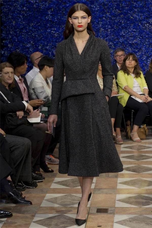Paris-Haute-Couture-Dior-Autumn-Winter-2012-2013-Collection-36-600x899
