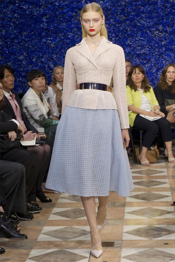 Paris-Haute-Couture-Dior-Autumn-Winter-2012-2013-Collection-41-600x899