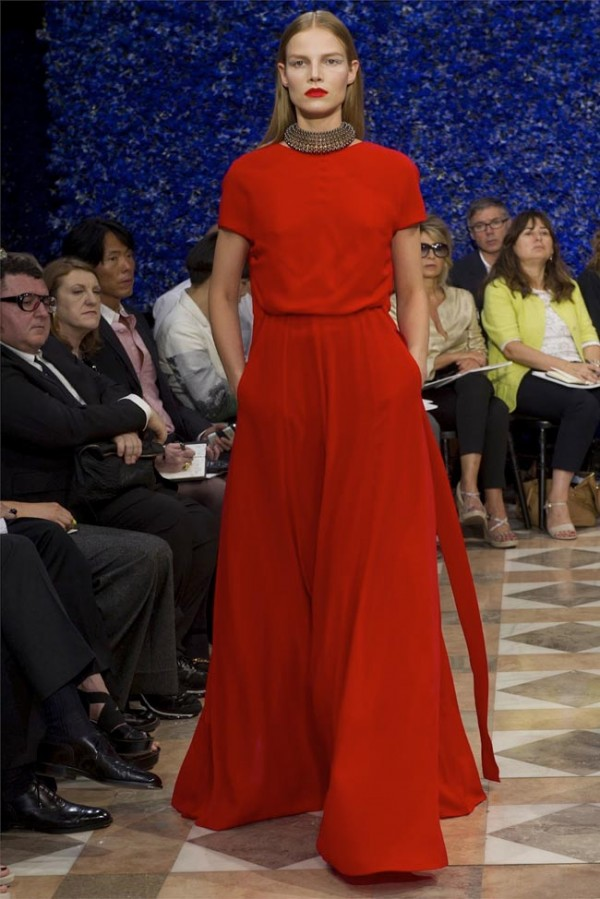 Paris-Haute-Couture-Dior-Autumn-Winter-2012-2013-Collection-46-600x899