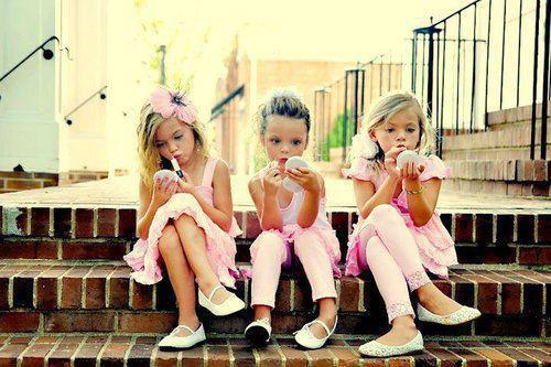 Young Fashionistas 2 (2)