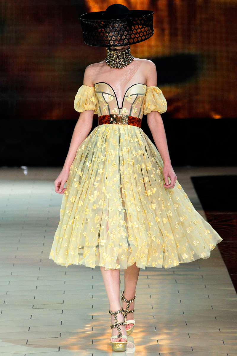 Alexander McQueen fashion featured glamour Haute Couture