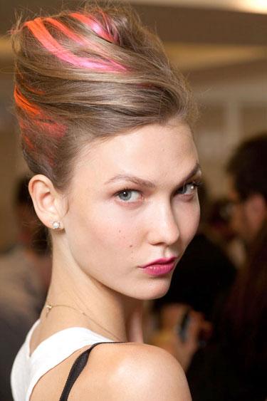 hbz-makeup-trend-ss13-red-lips-De-La-Renta-lgn