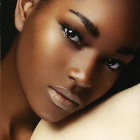 make up (9)