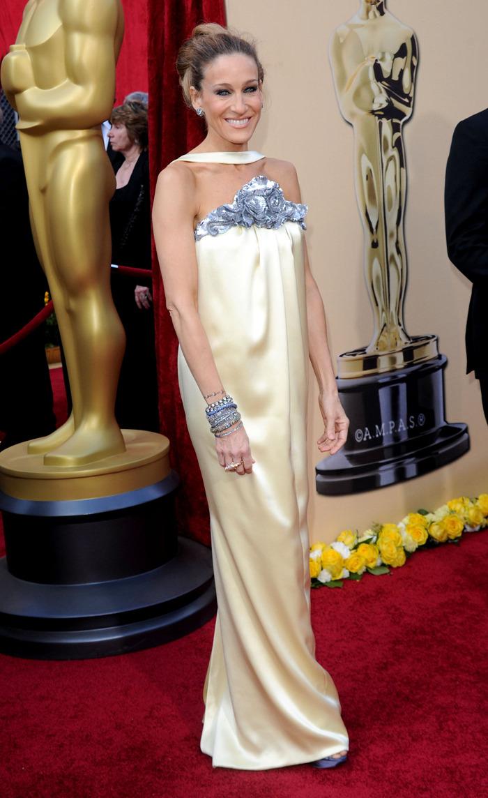 8 Chanel Dresses That Celebrities Wears