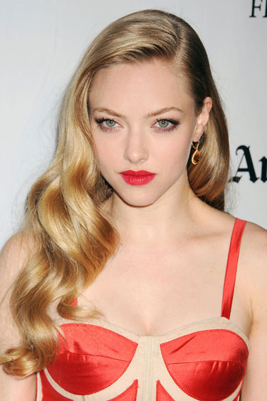 THE 12 BEST HOLIDAY HAIR LOOKS