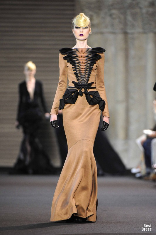 Stephane rolland houte couture 2011 2012 for List of haute couture designers
