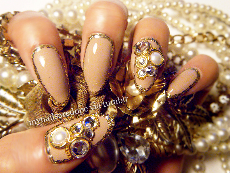 nails with gold (22)