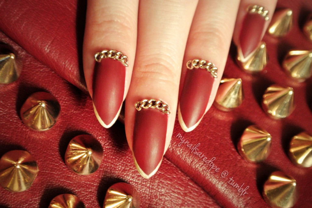 nails with gold (32)