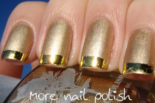 nails with gold (8)