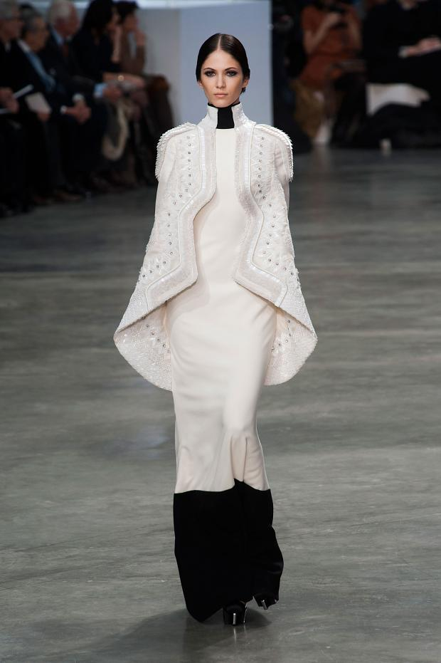 stephane-rolland-haute-couture-spring-2013-pfw10
