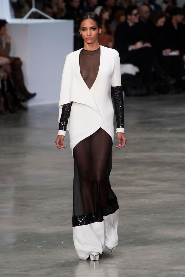 stephane-rolland-haute-couture-spring-2013-pfw11