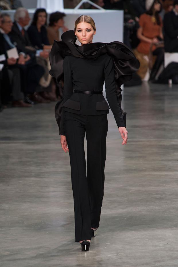stephane-rolland-haute-couture-spring-2013-pfw24