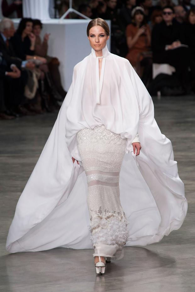 stephane-rolland-haute-couture-spring-2013-pfw9