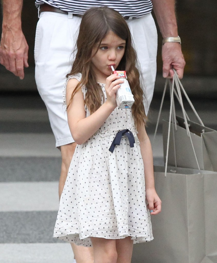 Exclusive... Katie Holmes And Family Shopping In Louisiana