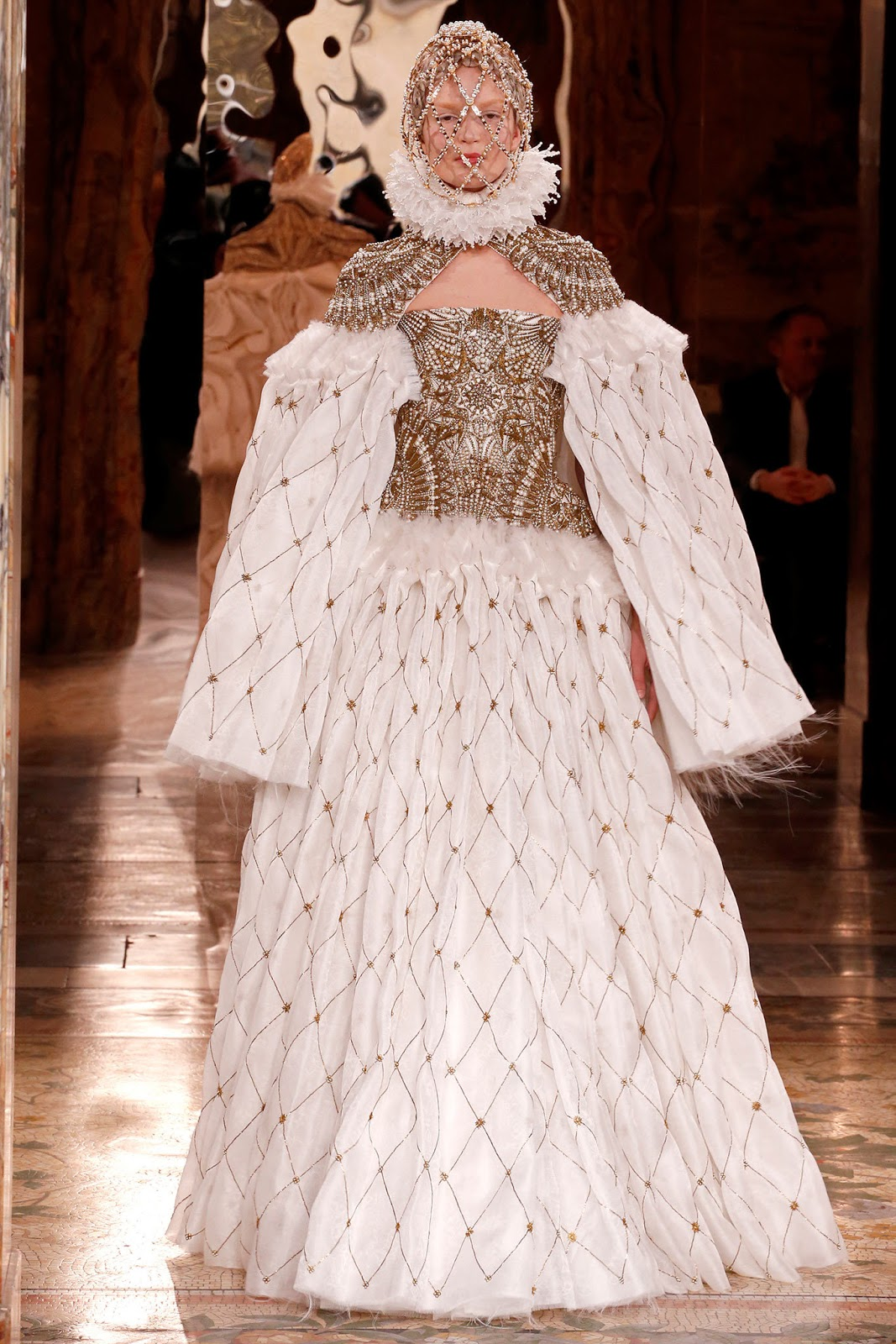 Alexander McQueen Fall 2013 Paris (8)