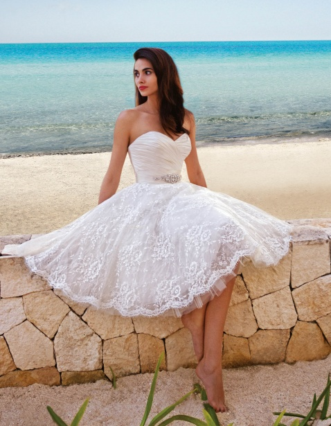 20 amazing short wedding dresses for Short white summer wedding dresses
