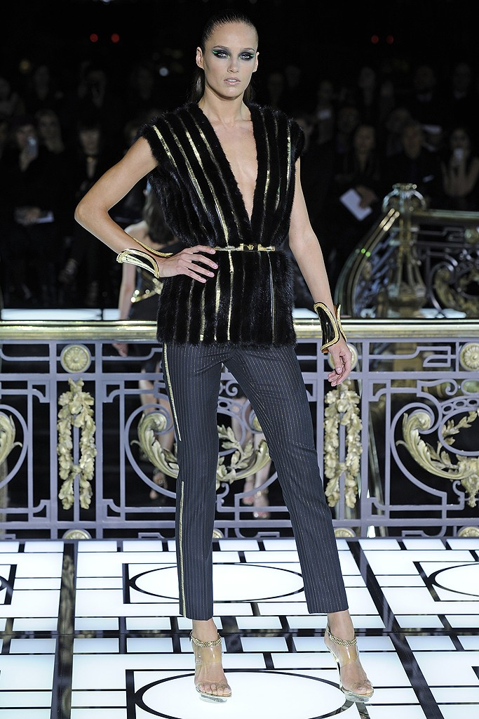 Atelier Versace Haute Couture Spring 2013 (1)