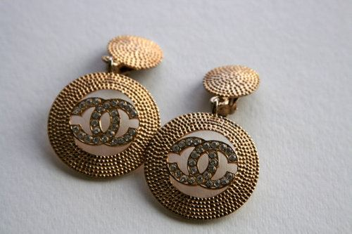 Chanel Accessories (19)