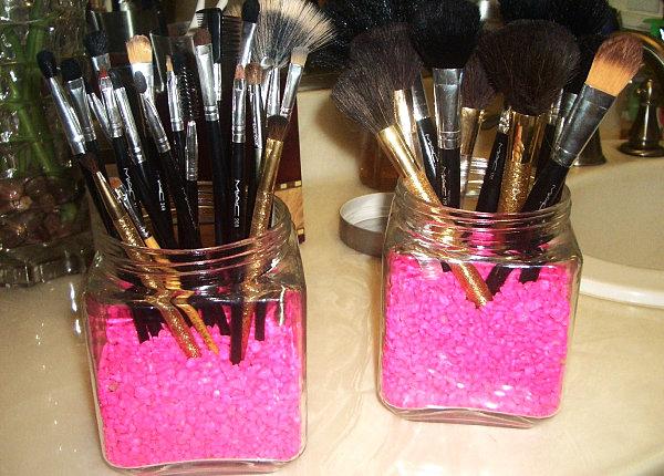 Cool Make-up Brush Storage Ideas (4)