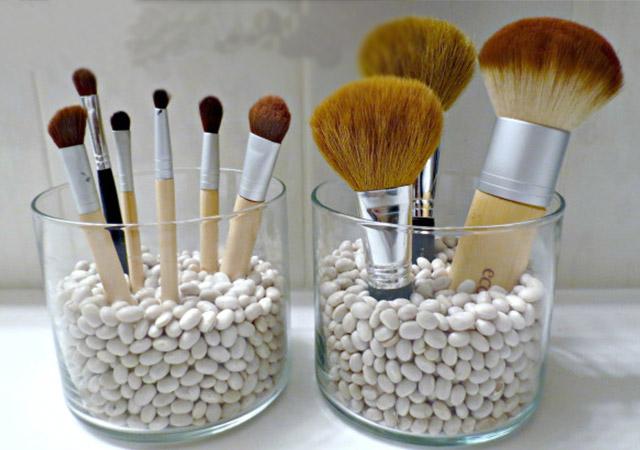 Cool Make-up Brush Storage Ideas (6)