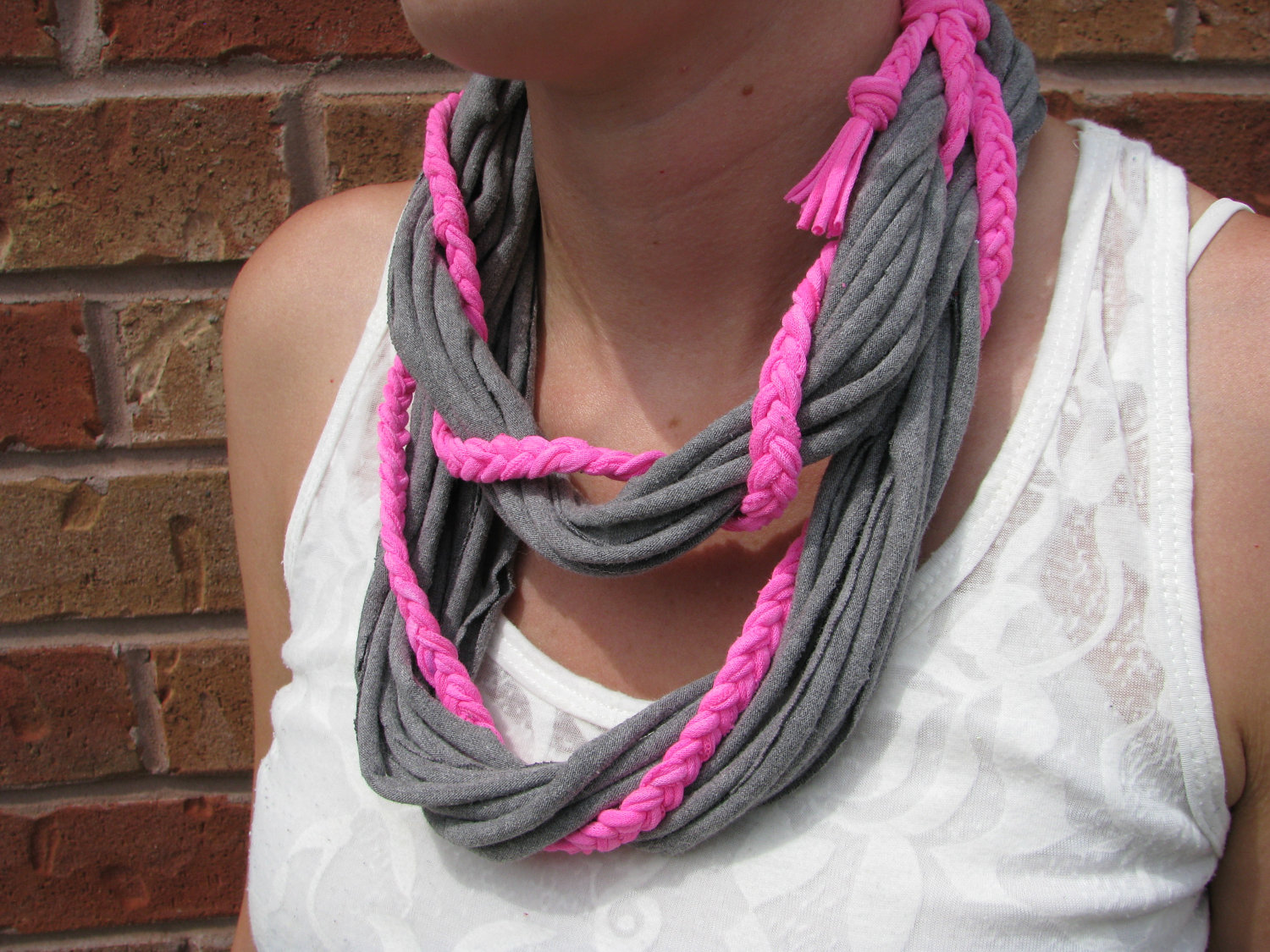 22 DIY Scarves To Look Fashionable On Your Spring Walk
