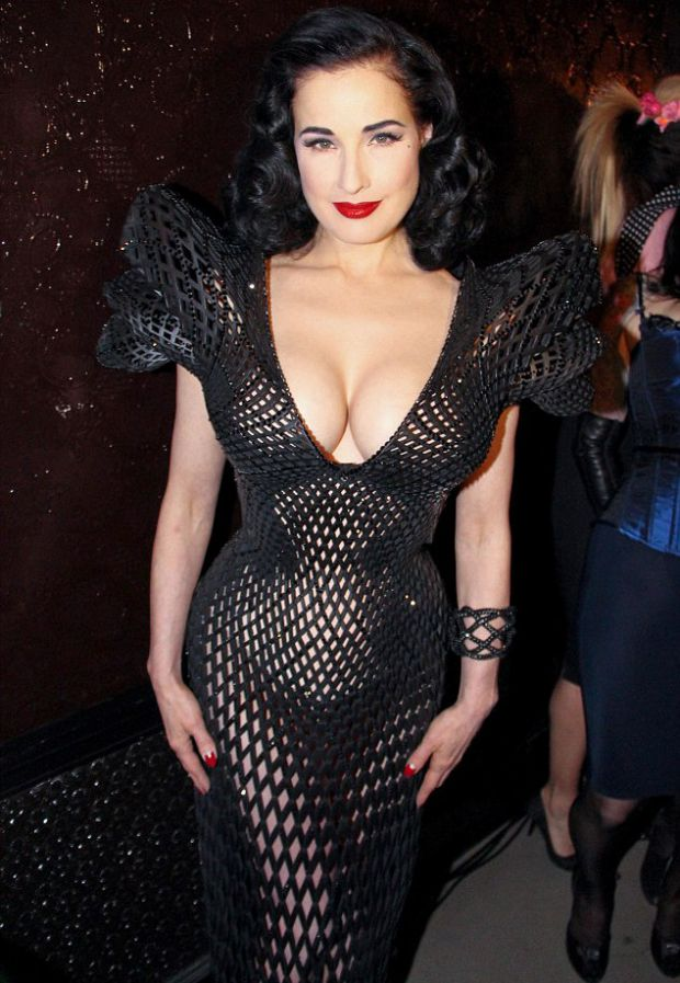 Dita Von Teese Presents Unique 3D Dress