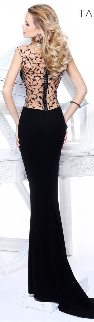 Evening dresses (12)