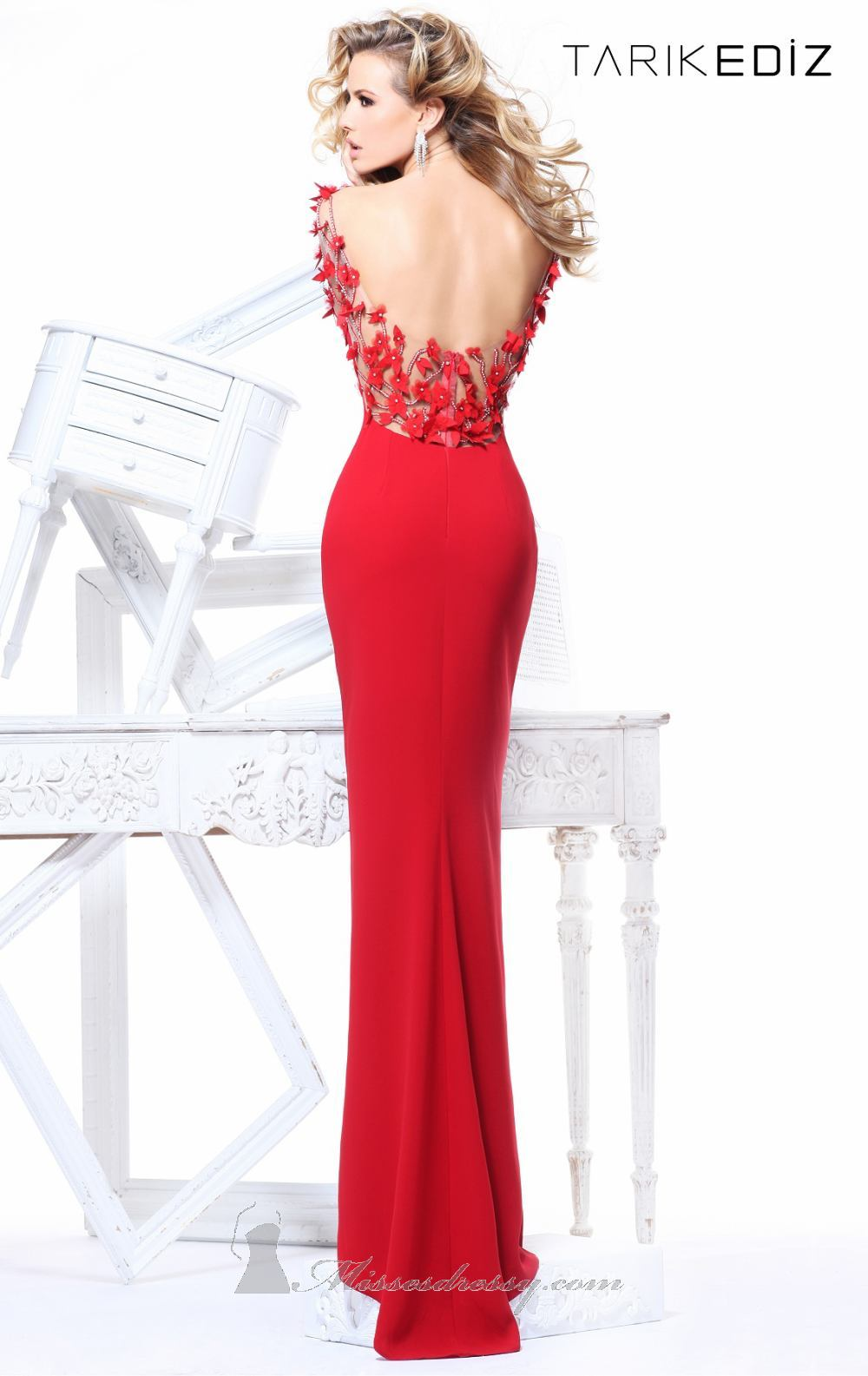 Evening dresses (8)