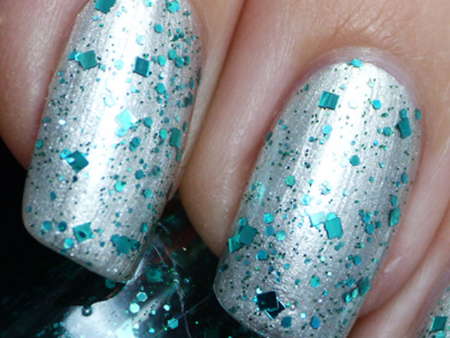Glitter Nail Polish Ideas  (13)
