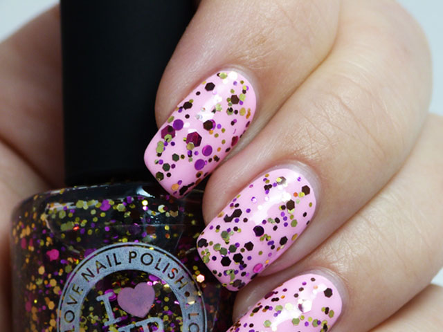 Glitter Nail Polish Ideas  (15)