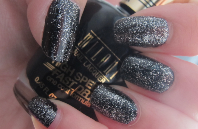 Glitter Nail Polish Ideas  (33)