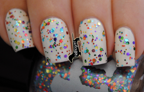 Glitter Nail Polish Ideas  (39)