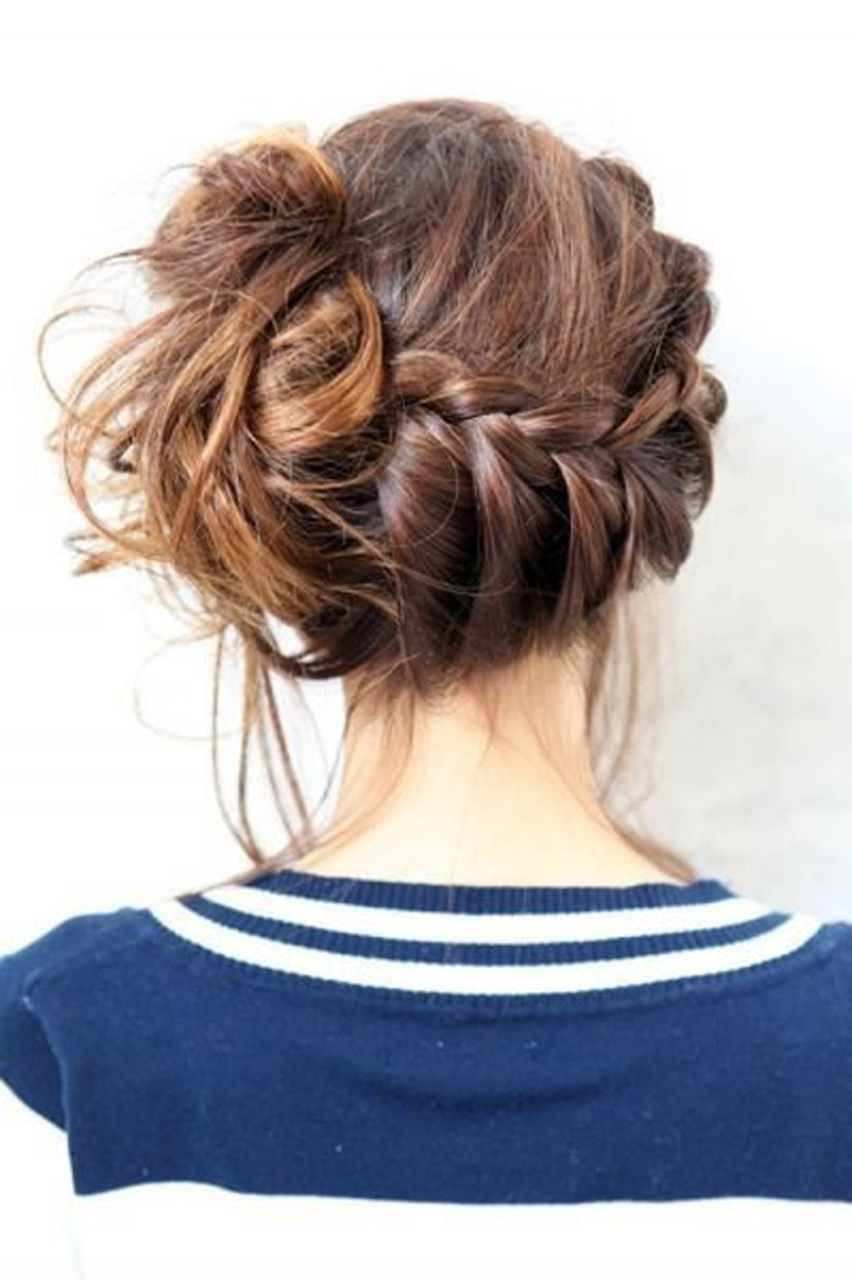 Hair And Make Up Artistry By Amber: 17 HAIR BUN MODELS IDEAS