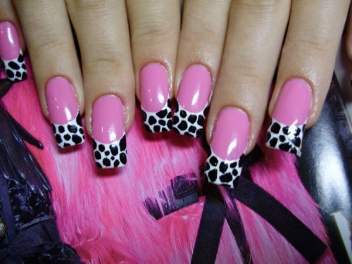 Hot Beautiful Spring Nails Ideas (34)