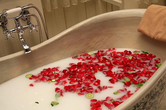 Ideas For Unforgettable Romantic Surprise (7)