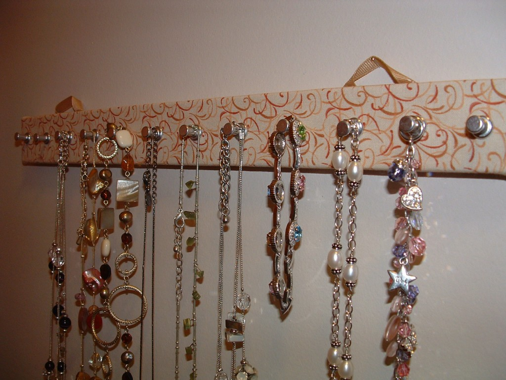 Ideas On How To Storage Your Jewelry (19)