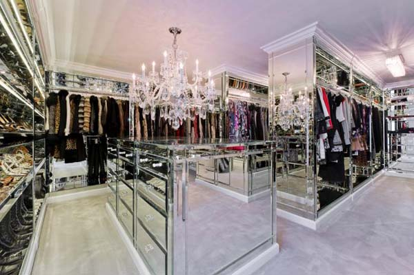 Interesting Ideas For Girls Dream Closet (1)