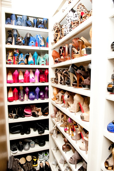 Interesting Ideas For Girls Dream Closet (13)