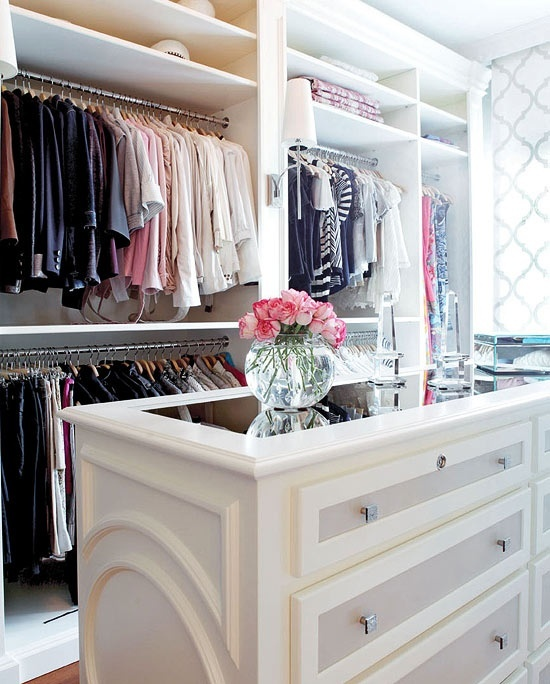 Interesting Ideas For Girls Dream Closet (23)