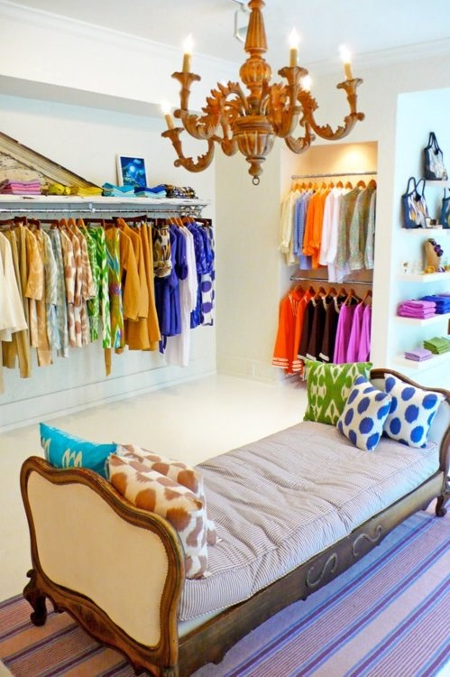 Interesting Ideas For Girls Dream Closet (24)