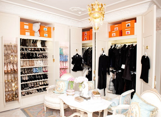 Interesting Ideas For Girls Dream Closet (25)