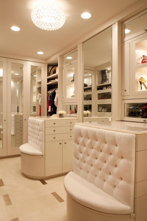 Interesting Ideas For Girls Dream Closet (31)