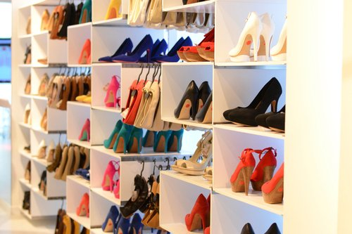 Interesting Ideas For Girls Dream Closet (33)