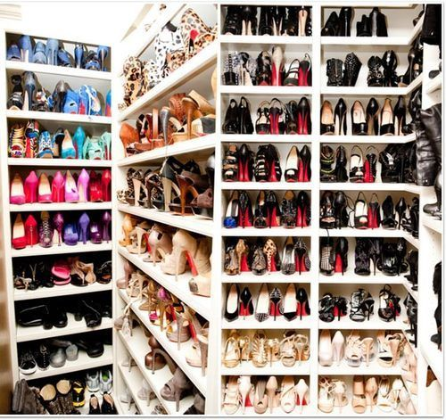 Interesting Ideas For Girls Dream Closet (51)