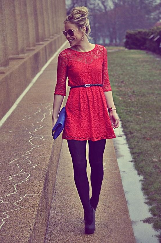 26 Incredible Short Lace Dresses For Your Date